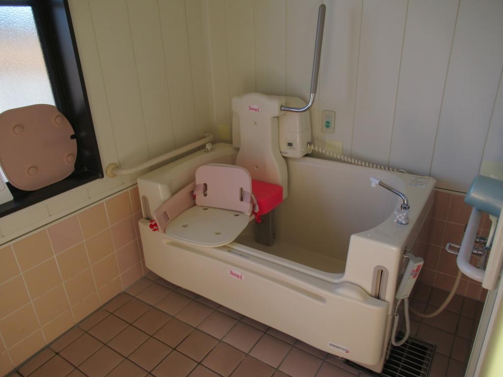 特殊浴槽入りました!